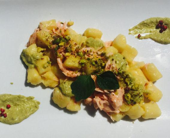 ricetta pesto Valbona, iniziativa Scuola Valbona, Ricetta di Barbara Dall'Argine CHEF Scuola di cucina ANTICA HOSTARIA TRE VILLE PARMA