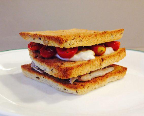 """Ricetta Morato Pane: sandwich gourmet con sardine, ricetta di marca iniziativa """"A lezione di sandwich gourmet"""", ricetta di marca Frigo Magazine"""
