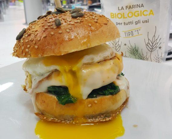 ricetta farina petra, ricetta della scuola di cucina Toffini Academy di Napoli, iniziativa A lezione di Farina, Hamburger, ricetta di marca