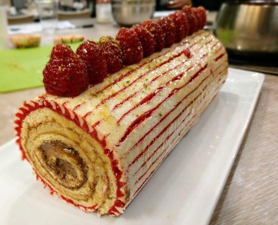 ricetta farina Petra, tronchetto natalizio, realizzato dalla scuola di cucina Zen and Cook di Genova