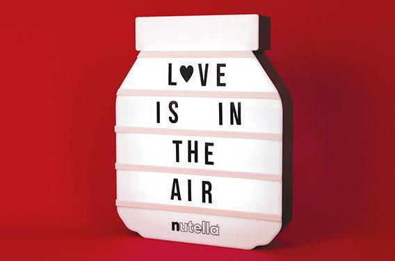 lampade da scrivere, nuova promozione limited edition di Nutella