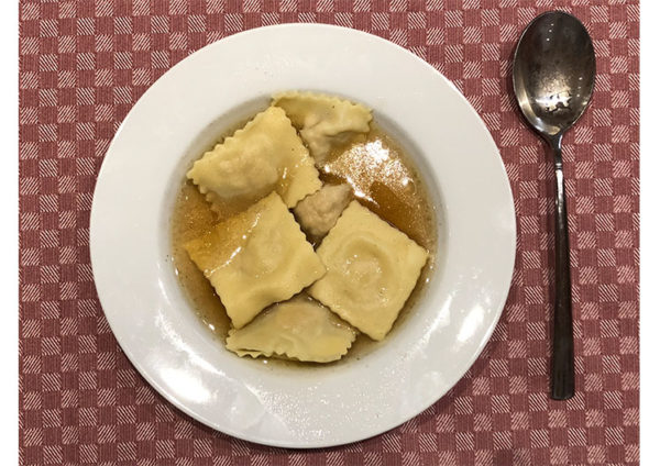 ricetta farina Petra: brodo affumicato e tortelli di faraona, ricetta della scuola di cucina Il Salotto di Penelope, #alezionedifarina