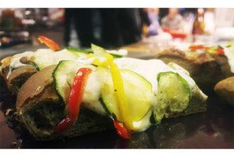ricetta farina Petra, pizza con soia e ortica, ricetta della scuola di cucina Cucina 33 di Pordenone