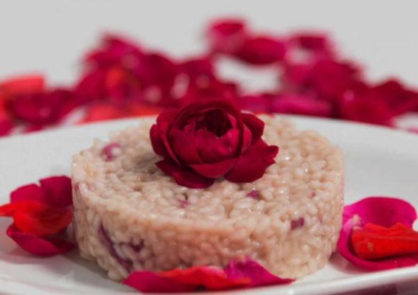 ricetta La Pila, risotto con petali di rosa, ricetta della scuola di cucina La Nostra Cucina di Milano, #alezionedirisoclassico