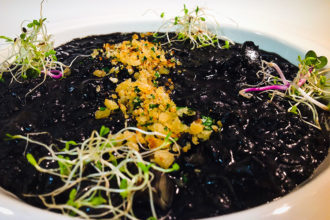 ricetta La Pila, risotto alle seppie nere, ricetta della scuola di cucina di Verona è cucina, #alezionedirisoclassico