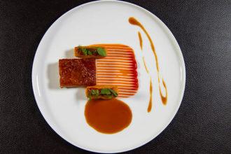 Edchup, limited edition di Heinz Tomato Ketchup dedicato a Ed Sheeran, lo chef staellato Andrea Berton ha creato una ricetta con il famoso ketchup